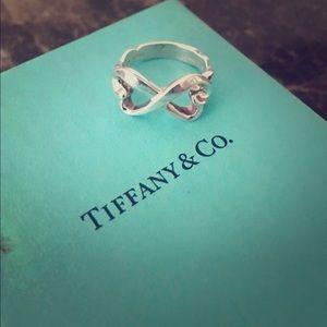 Tiffany & Co. double heart ring